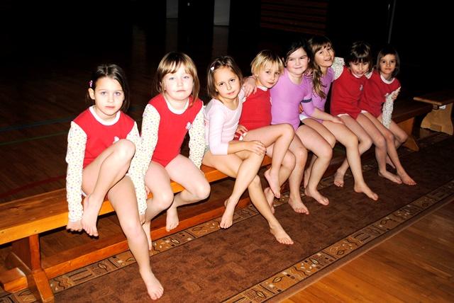 Šolsko tekmovanje v gimnastiki na OŠ Krmel